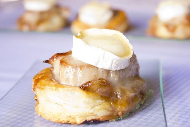 Solomillo con queso de cabra y cebolla caramelizada