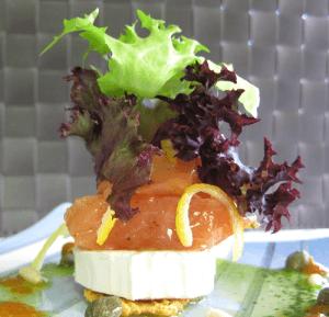 salmón y queso de cabra