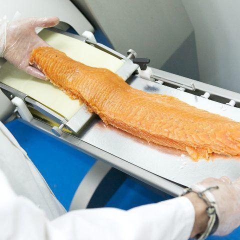 salmon ahumado loncheado