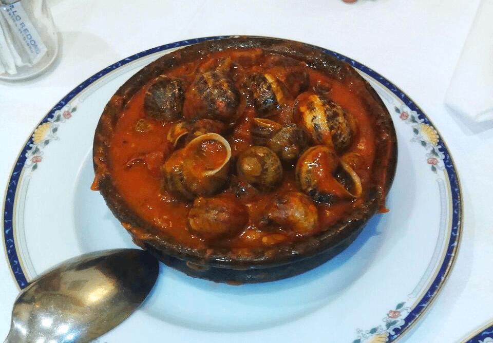 Caracoles con salsa vizcaína