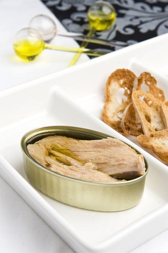 White tuna belly elaborated in fresh La Lata de Braulio