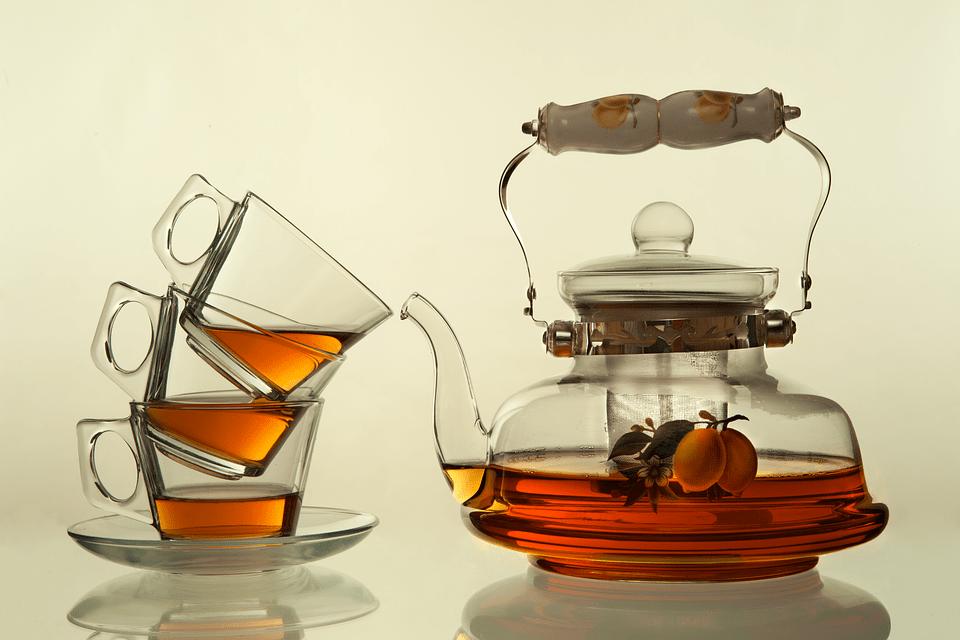 ¿Cuáles son los beneficios de tomar té?