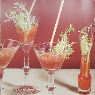 Cocktail de crujiente de jamón y tomate